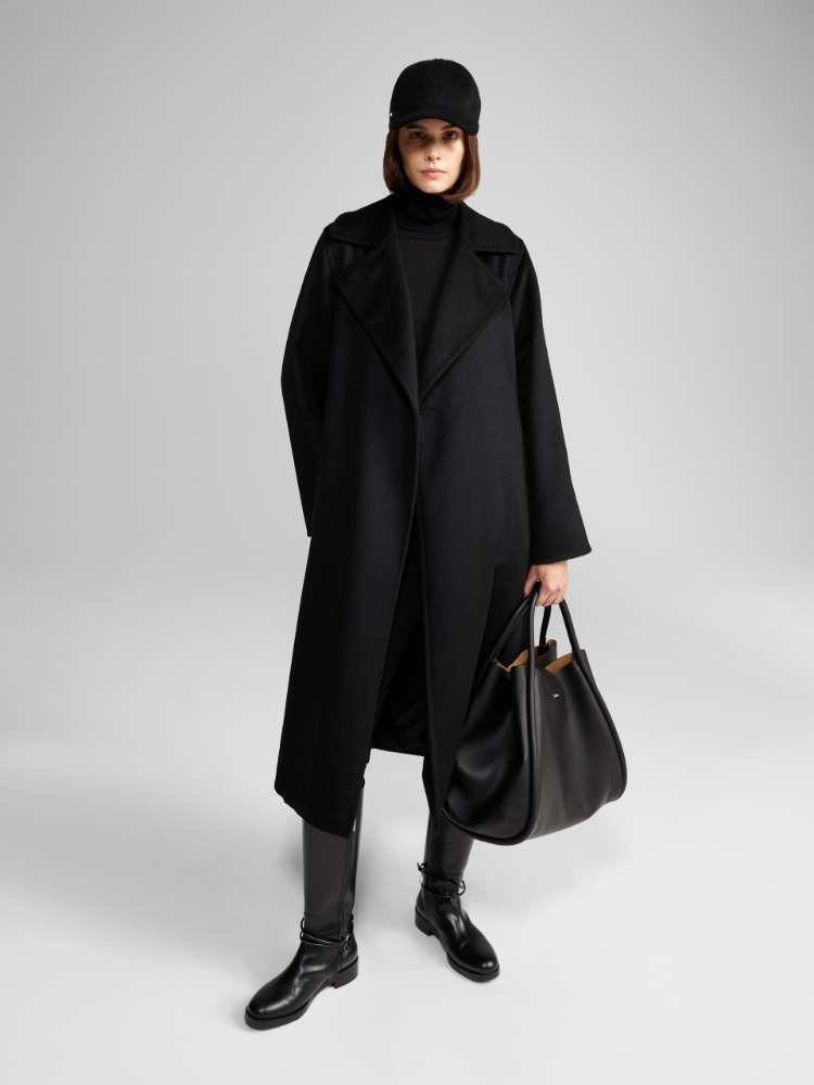 Manuela经典大衣